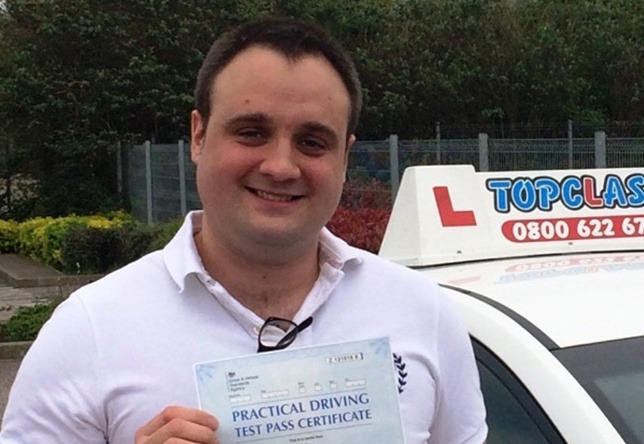 Driving Lesson Test Pass in Gravesend - Daniel Connally