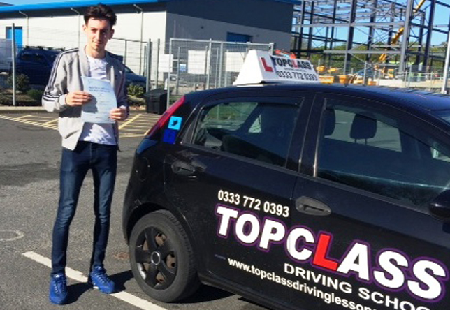 Driving Lesson Test Pass in Gillingham – James Gould