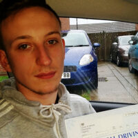 Driving Lessons Sittingbourne - Customer Reviews - Lewis Hurst