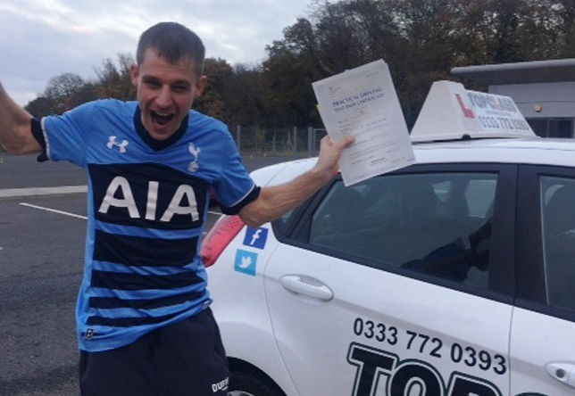 Driving Lesson Test Pass in Gillingham – Dean Sutcliffe