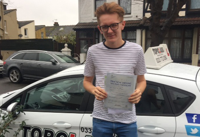 Driving Lesson Test Pass in Gillingham – Harley Moss