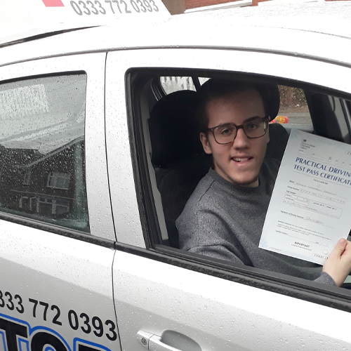 Driving Lesson Test Pass in Maidstone – Joshua Farrant