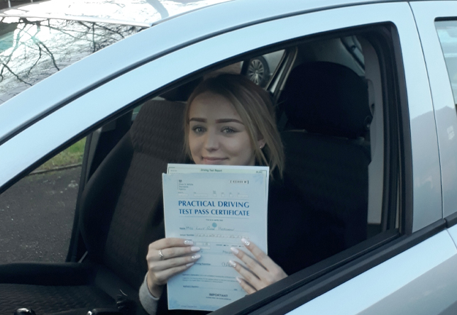 Driving Lesson Test Pass in Maidstone – Lucy Heasman