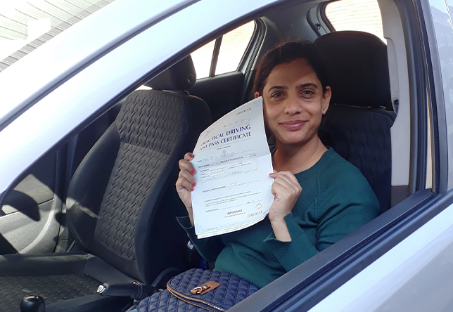 Driving Lesson Test Pass in Maidstone - Ritu Bhardwaj